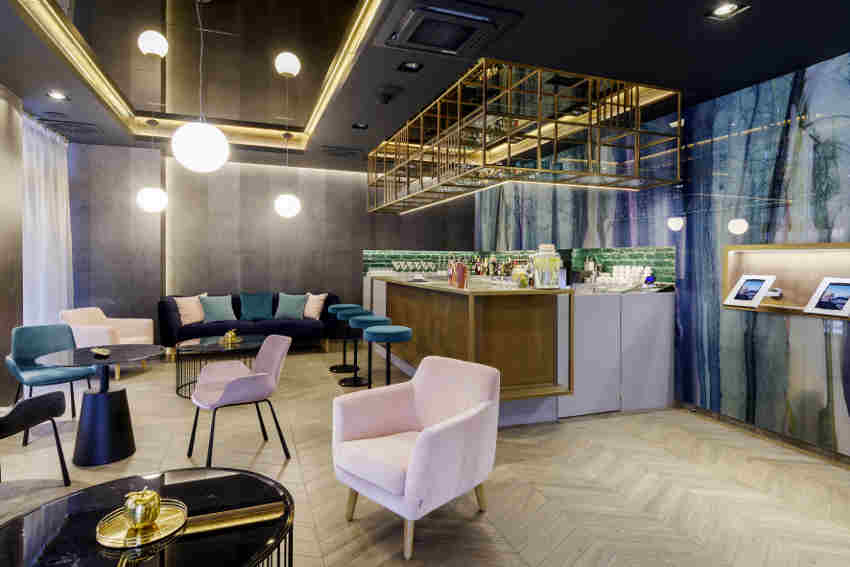Smart hotel Budapest - hotel lobby