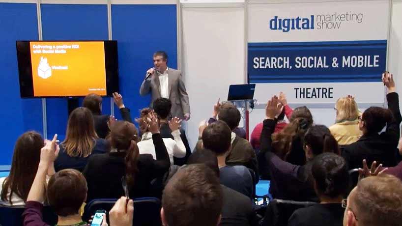 Advanced Blogging and Social Media Strategies Seminar Budapest - John Hayes` presentation